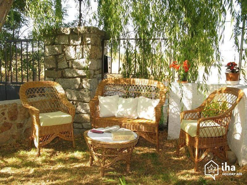 Le salon de jardin en rotin pour un extérieur agréable -