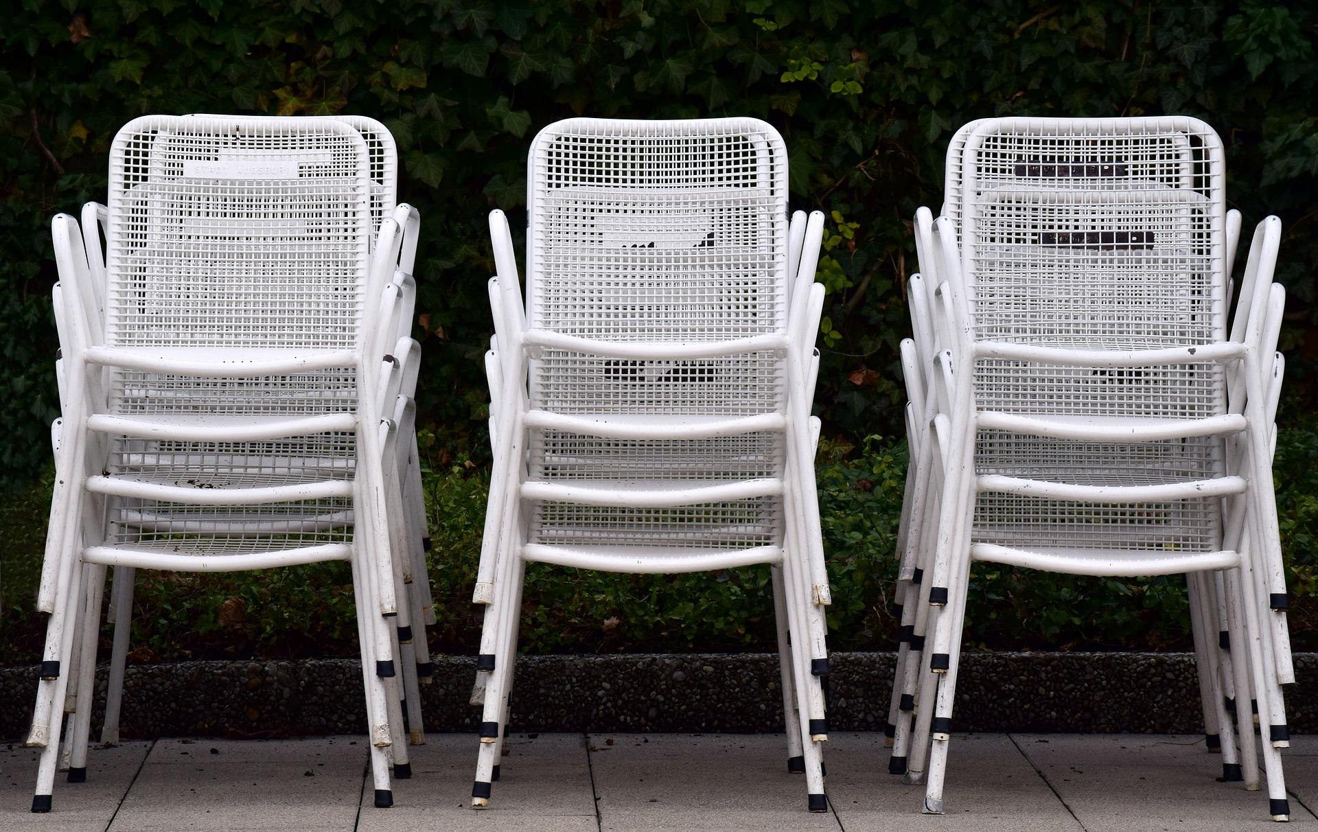 chaise de jardin empilable